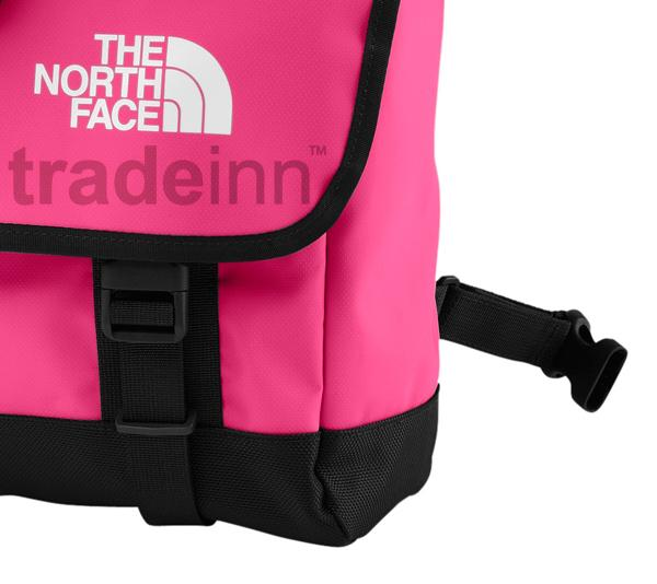 ... The north face Base Camp Messenger Bag Pink 42e2fb982bdc0