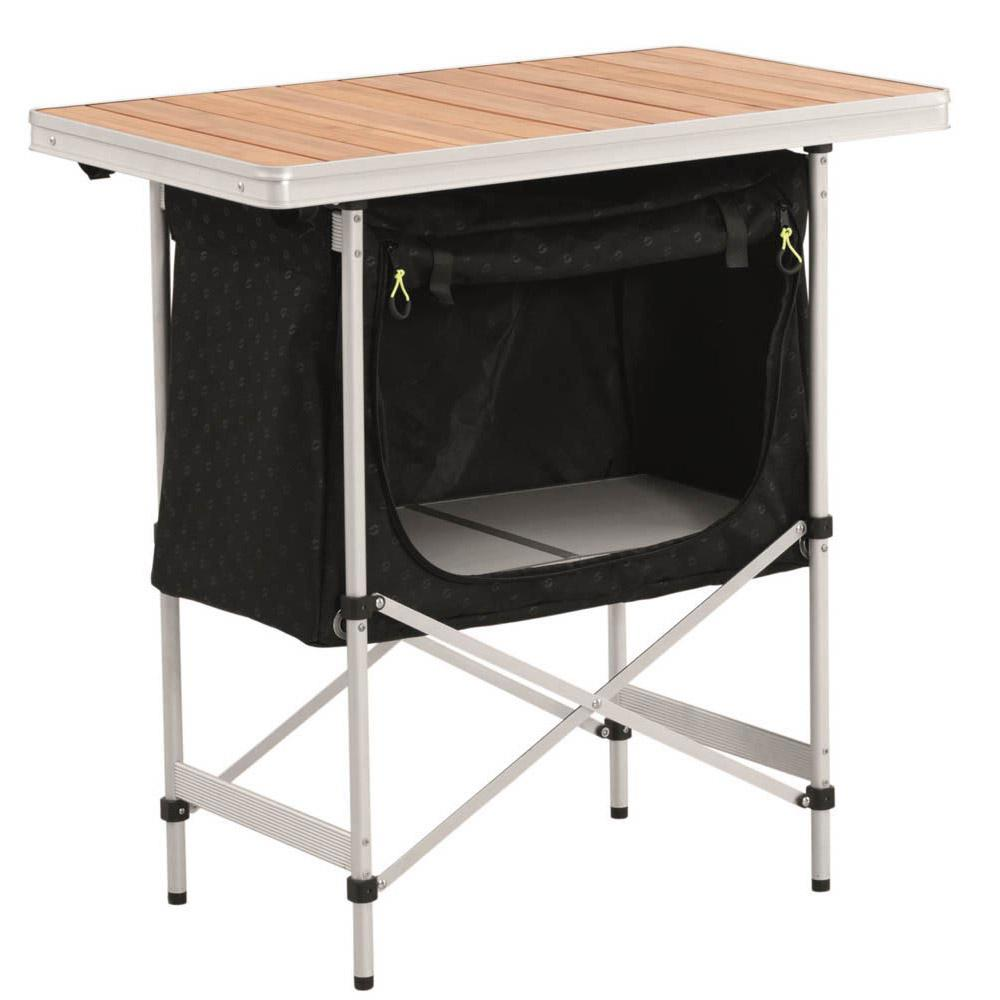 regina-kitchen-table