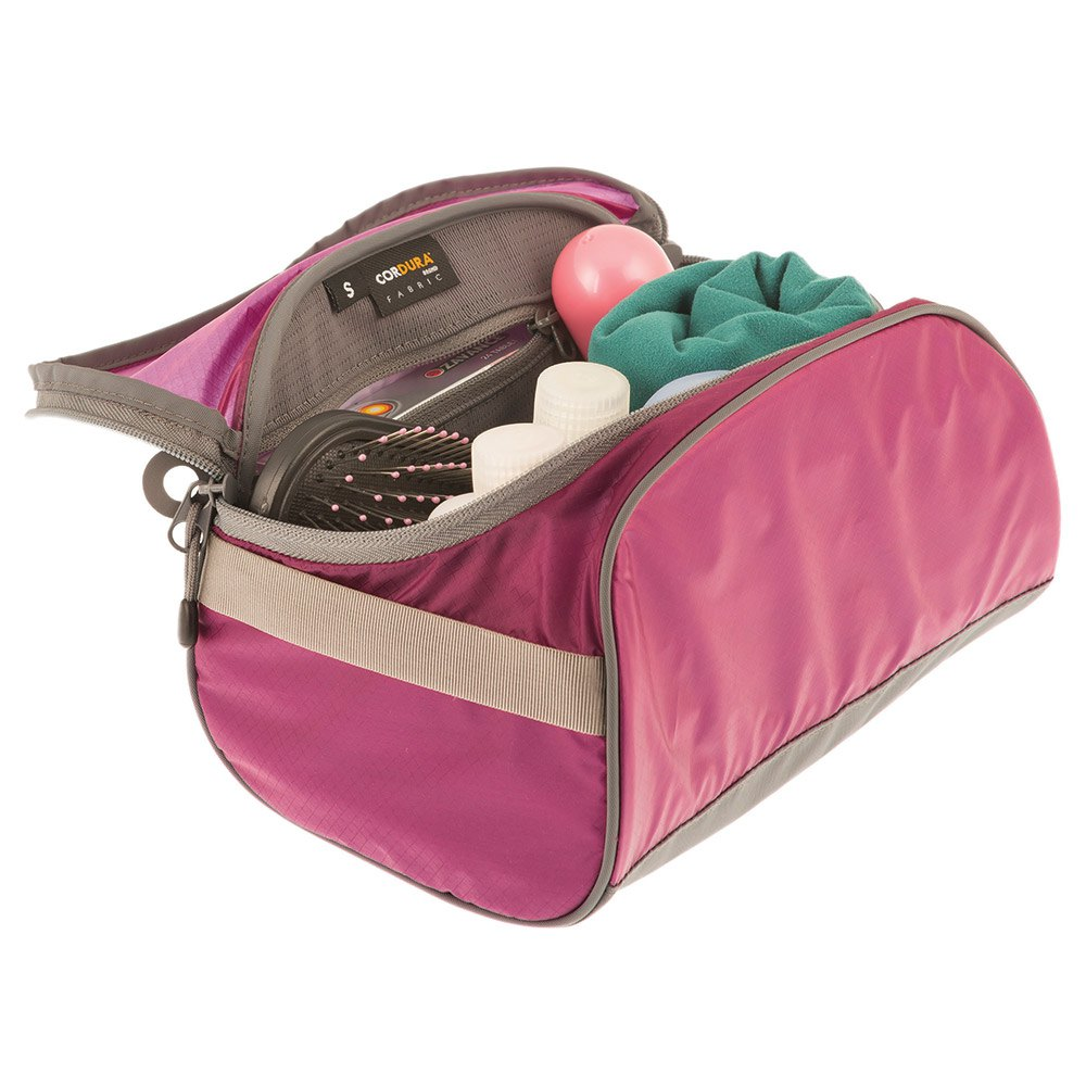 beauty-case-sea-to-summit-toiletry-bag