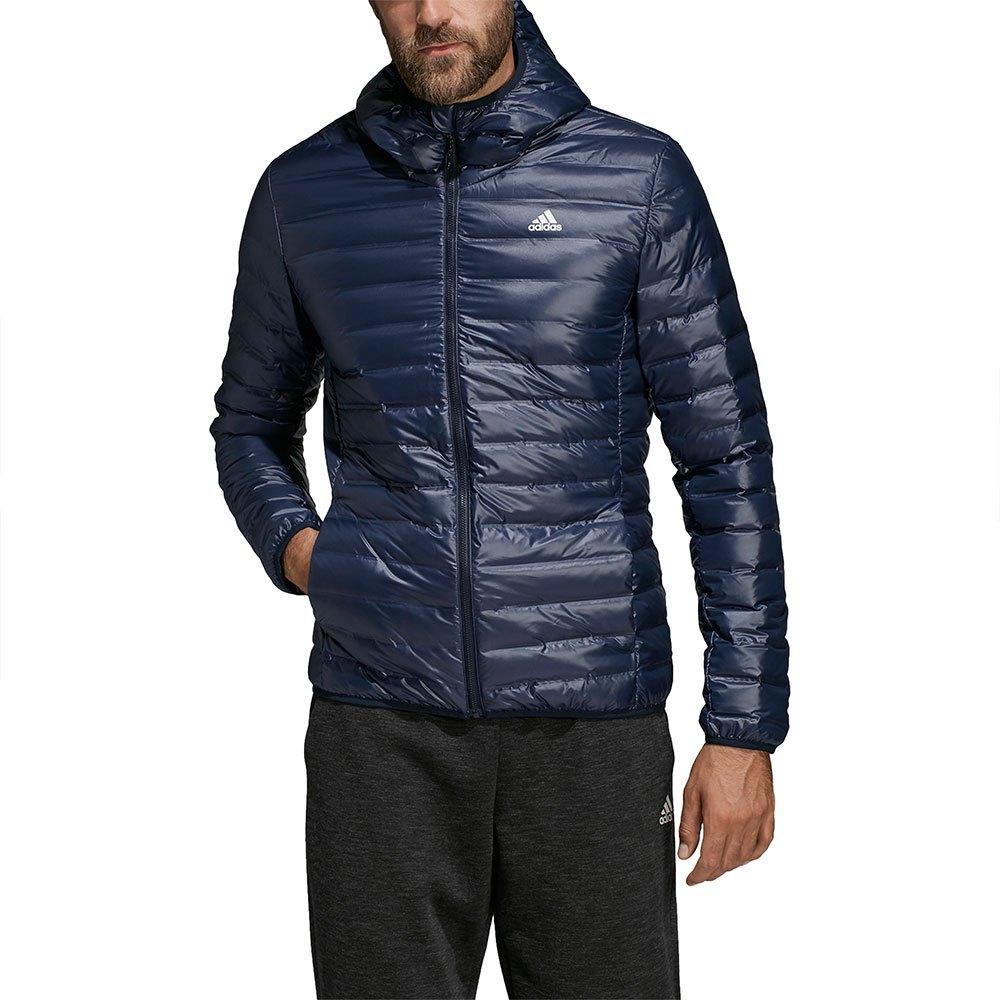Ropa hombre Chaquetas Adidas Varilite. Varilite chaqueta con capucha abajo.  Empaca la luz y mantente abrigado. Esta chaqueta rellena abajo ofrece ... d234e0b1f38
